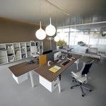 нестандартни офис мебели по поръчка висококласни