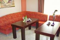 Стилна мека мебел за хотелско фоайе
